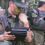 El Ejército Popular chino recluta jóvenes a ritmo de rap