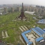 Descubre la siniestra copia china de París