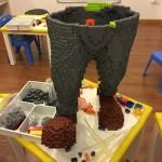 Niño destruye una escultura de LEGO de más de 13.000€